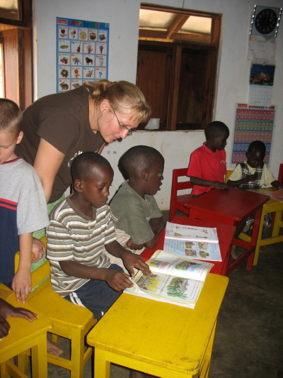 Marilyn Reading With More Children