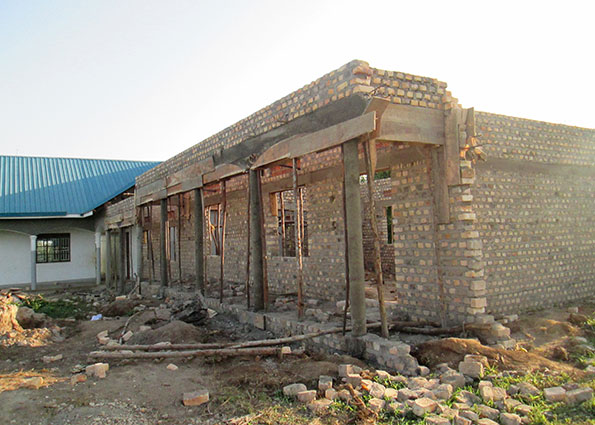 Construction of Fourth Classroom and Library Progressing Well