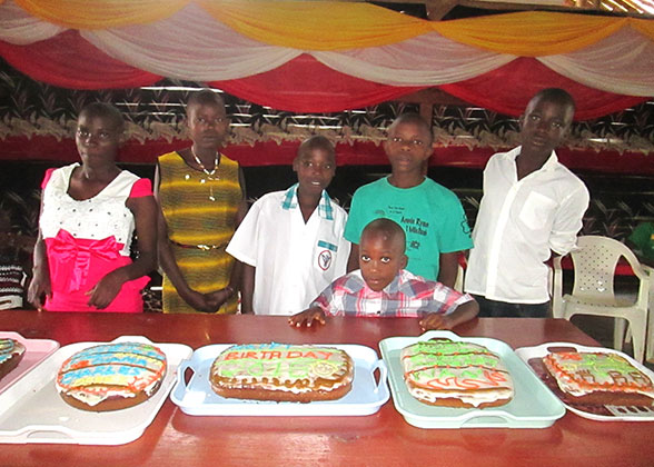 Six EWCV Children with Birthday Cakes